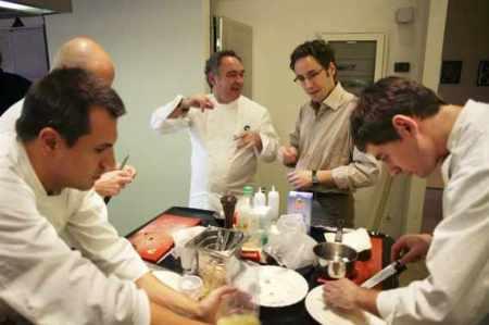 Dans la cuisine du mythique elBulli, avec Ferran Adrià