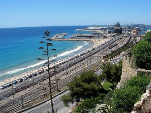 800px-Tarragona_-_Panoramica_01
