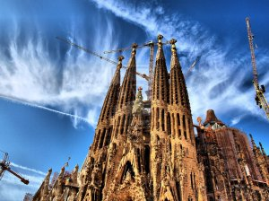 Sagrada_Familia_by_MakB