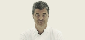 Le chef cuisinier catalan montr al carles abellan for Cuisinier connu